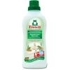 Средство для стирки детских вещей Концентрированный ополаскиватель Frosch Миндальное молочко, купить за 280руб.