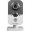IP-камера видеонаблюдения Hikvision DS-2CD2422FWD-IW цветная, Белая, купить за 8 900руб.