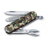 нож перочинный Victorinox Classic SD Camouflage, 58 мм, 7 функций, (0.6223.94) зелёный камуфляж