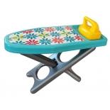игрушки для девочек Совтехстром Гладильный набор Уют ( доска, утюг) (У800)