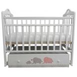 Детская кроватка By Twinz Мэри, поперечный маятник, серо/розовая, купить за 8 580руб.