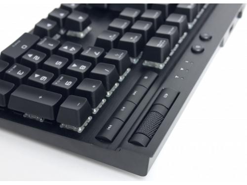 Клавиатура Corsair K70 RGB Rapidfire Cherry MX Speed silver RGB (CH-9101014-RU), черная, вид 7