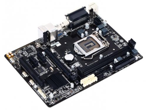 Материнская плата Gigabyte GA-B85M-D3V-A (rev. 1.0) (mATX, LGA1150, Intel B85, 4xDDR3), вид 3