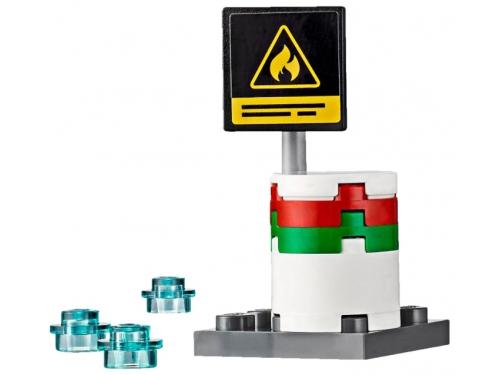Конструктор LEGO City 60107, Пожарная машина с лестницей, вид 3