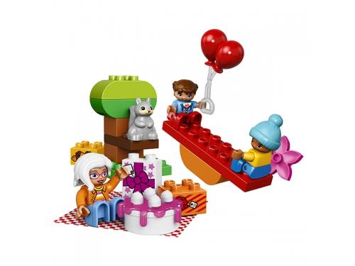 Конструктор LEGO Duplo 10832 День рождения, вид 3