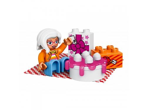 Конструктор LEGO Duplo 10832 День рождения, вид 6
