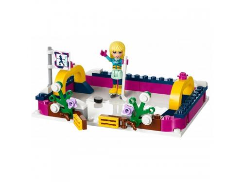Конструктор LEGO Friends 41322 Каток на горнолыжном курорте, вид 7