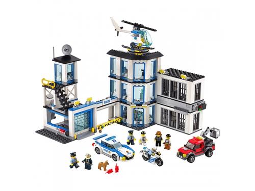 Конструктор Lego City 60141 (Полицейский участок), вид 3