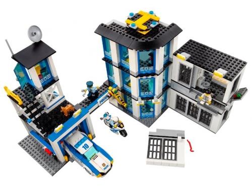 Конструктор Lego City 60141 (Полицейский участок), вид 10