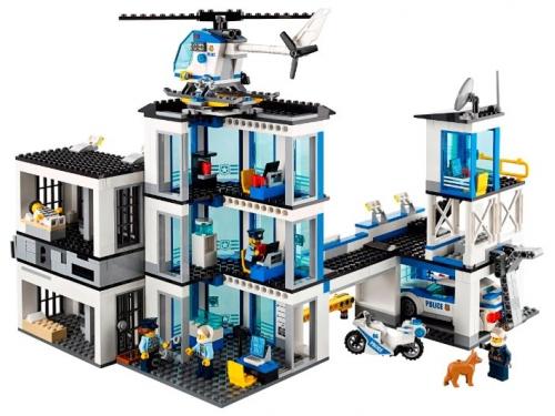 Конструктор Lego City 60141 (Полицейский участок), вид 11