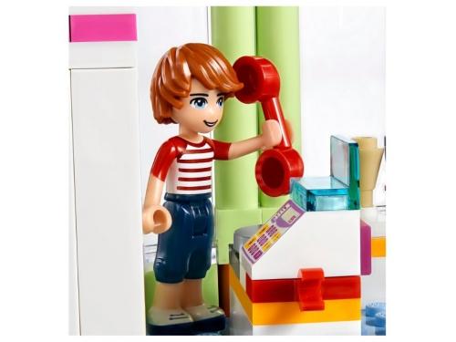 Конструктор LEGO Friends 41320 Магазин замороженных йогуртов, вид 8