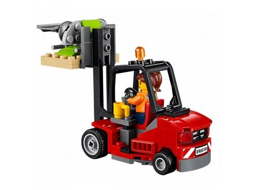 Конструктор LEGO City 60169 Грузовой терминал, вид 6