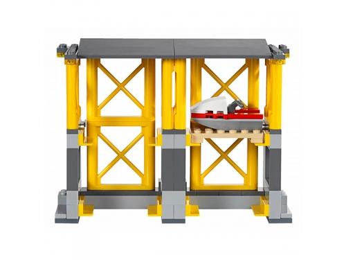 Конструктор LEGO City 60169 Грузовой терминал, вид 8