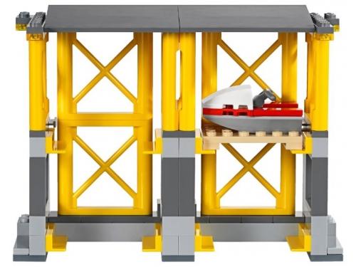 Конструктор LEGO City 60169 Грузовой терминал, вид 11