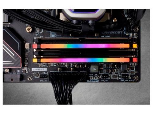 Модуль памяти Corsair CMW16GX4M2C3600C1 3600MHz 2x8Gb, вид 5