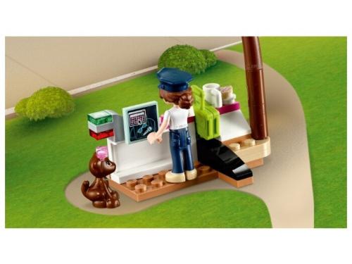 Конструктор LEGO Friends Самолёт в Хартлейк Сити 41429, вид 14