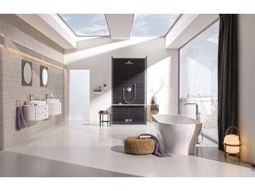 Смеситель для ванны Grohe 23491001 Essence+ с душевым гарнитуром, свободностоящий, хром, вид 2