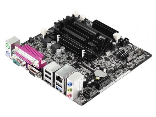 Материнская плата ASRock D1800B-ITX, вид 3