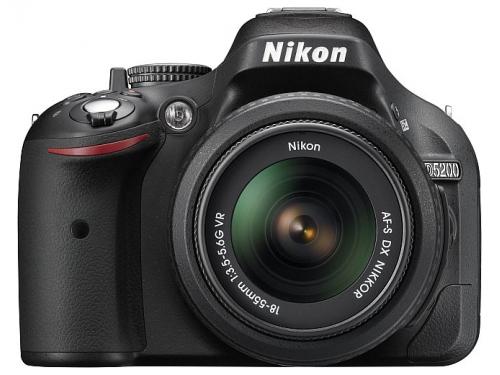 �������� ����������� Nikon D5200 KIT (AF-S DX 18-55mm II), ��� 1