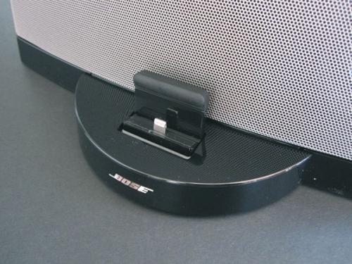 Портативная акустика Bose SoundDock Series III, вид 4